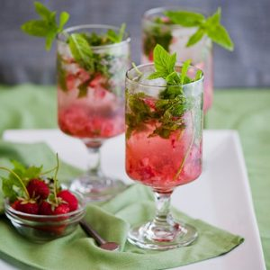 strawberry-mojito-recipe-strawberry-mojito-cocktail-e1313910429559
